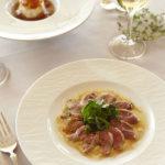 フランス産カモのローストサラダ仕立てクルミオイルのビネグレット