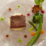 千屋牛サーロイン炭火焼きステーキ 季節の野菜とそのソースで
